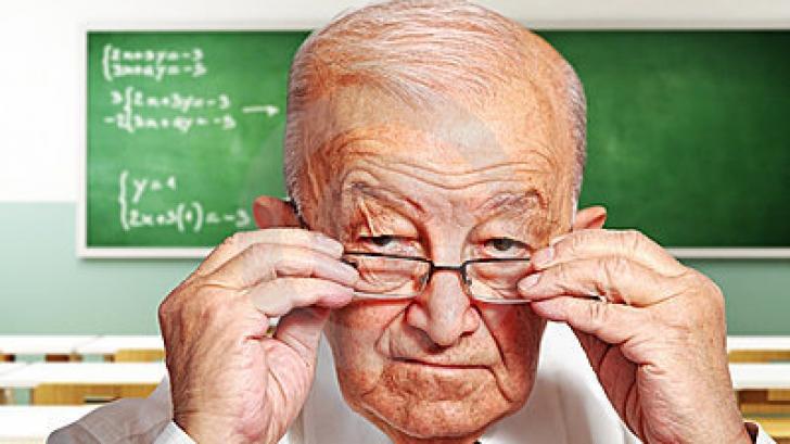 professore anziano